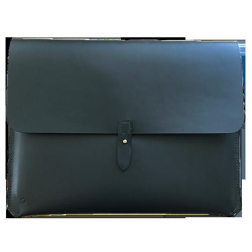 Macbook sleeve i sort lukket