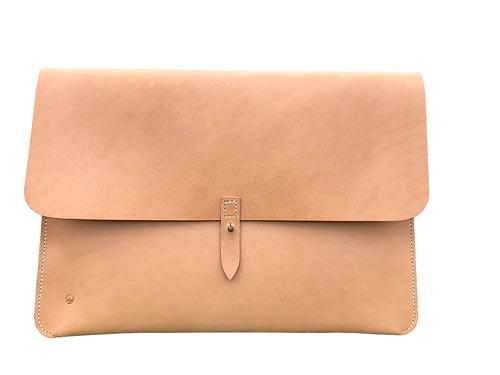"Macbook sleeve 15"" natur kernelæder"