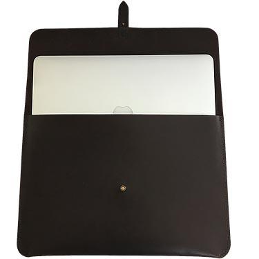 """Macbook sleeve 13"""" mørkebrunt kernelæder åben"""