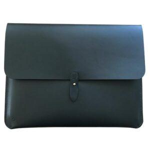 """Macbook sleeve 13"""" sort kernelæder lukket"""